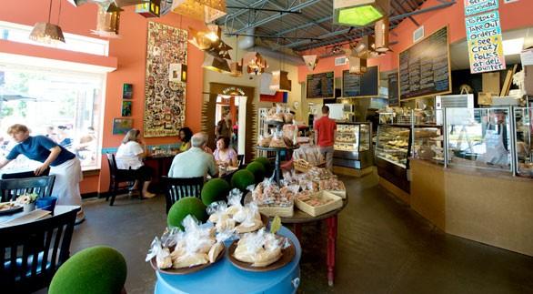 restaurant08_0001-586x323