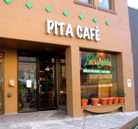 birmingham-mi-pita-cafe-540x503